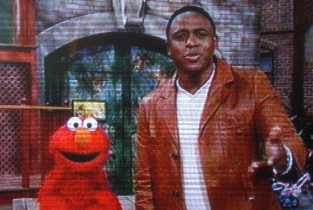 wayne%20brady%20and%20elmo%2001.jpg